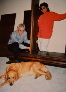 Assisa supervising Dieter who was dismantling a cupboard for us